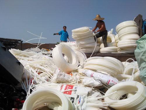 中国部分回收企业转迁海外