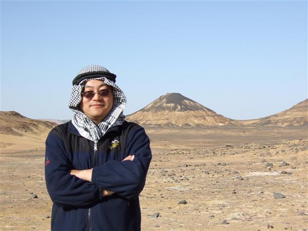汪晓东教授在北非的撒哈拉沙漠