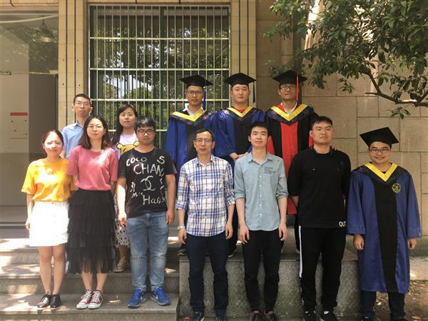 我们毕业啦!