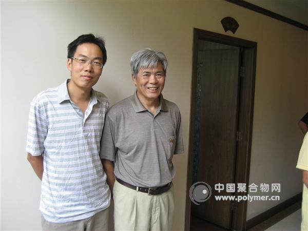 2009年8月在扬州与清华大学 洪啸吟